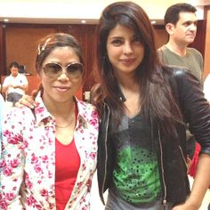 See How #MaryKom team cheers for real Mary Kom  http://goo.gl/44E6Km  #sports #boxing #indiansports #PriyankaChopra #Bollywood #BollywoodLife ‬‪#‎indianactresses