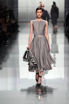 Dior Ready-to-Wear Fall Winter 2012 – Look 13: Grey knitted dress. Discover more on www.dior.com