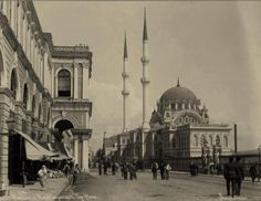 Tophane (1890'lar). Istanbul, Famous Architects, Travel Memories, Historical Pictures, Once Upon A Time, Taj Mahal, Places To Visit, Nostalgia, World