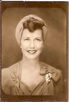 ** Vintage Photo Booth Picture **   Beautiful woman looking like a movie star.