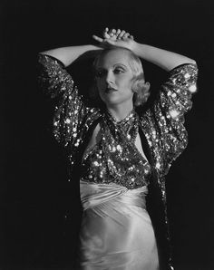 1930s, Carole Lombard was the definition of GLAMOUR!