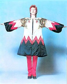 David Bowie's Rare Fashion Disasters: A Career Retrospective The Velvet Underground, David Bowie Born, David Bowie Tribute, The Rolling Stones, Iggy Pop, Rare Fashion, New Fashion, George Harrison, Roxy