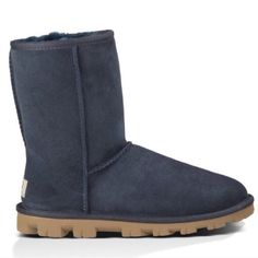 ugg essential short 5835