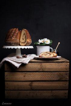 Kärntner Reindling. Reindling Rezept. Rezept Kärntner Reindling. Reindling mit Nussfülle. Delicious Desserts, Dessert Recipes, Food Photography Styling, Snacks, Fabulous Foods, Food Pictures, Food Inspiration, Eat, Muffins