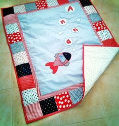 Pot Holders, Quilts, Comforters, Hot Pads, Potholders, Quilt Sets, Log Cabin Quilts, Lap Quilts, Quilling