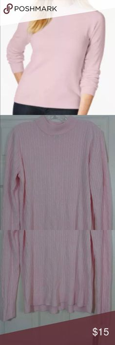 "NEW Karen Scott Women's Mock Turtleneck Sweater Karen Scott Women's Mock Turtleneck Sweater Women's Size XXL Suggested Retail Price: $39.50 Item Condition: New With Original Tags  Product Details Not lined - 100% Acrylic Pullover style Acrylic fabric Mock Turtleneck Long sleeves Machine wash  Women's size XXL Color is ""pink ice"" Karen Scott Sweaters Cowl & Turtlenecks"
