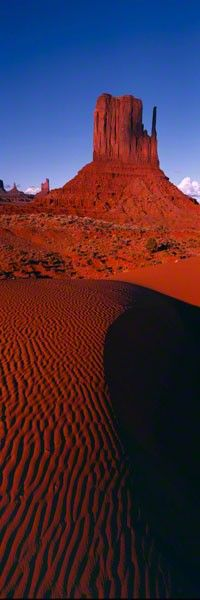 Monument Stairway By Peter Lik Peter Lik Photography, Scenic Photography, Beautiful World, Beautiful Places, Amazing Places, Monument Valley, Places To Travel, Places To Visit, All Nature
