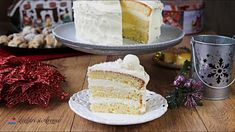 Tort cu ciocolata alba si blat din oua intregi. Elegant si usor de facut! Easter Recipes, Vanilla Cake, Desserts, Pie, Tailgate Desserts, Deserts, Postres, Dessert, Plated Desserts