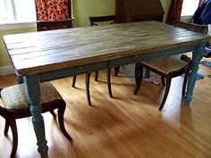 Great instructions on how to distress a table to look like an old farmhouse table.  Love the blog~ and the blogger is real sweet, too!