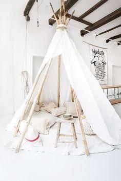 TRÊS STUDIO ^ blog de decoración nórdica y reformas in-situ y online ^: Inspiración Deco: Rincones hogareños, cálidos y confortables