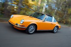 Vintage Porsche 911 Targa