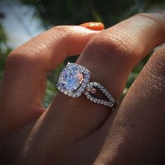 Halo engagement rings all day!