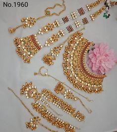 Bridal Necklace Set, Bridal Jewelry Sets, Bridal Jewellery, Bridal Sets, Gold Necklace, Anklet Designs, Necklace Designs, Rajputi Jewellery, Bride Earrings