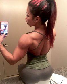 vrouwelijke bodybuilder Hardcore Porngrote tieten rijden enorme lul
