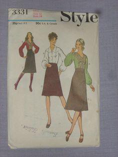 1971 Pattern 3331 Blouse & Skirt in 2 lengths, Size cut Blouse And Skirt, Simplicity Patterns, Size 12, Baseball Cards, Skirts, Ebay, Vintage, Primitive Patterns, Skirt
