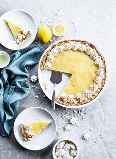 apaltynowicz | food photography & styling | F O O D <-------- Repeating circles and triangles (including the empty spot in the pie and the shape of the utensil