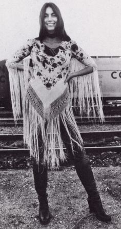 Emmylou Harris, love her style & music