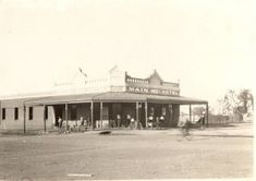Hotels of the Goldfields - 2 The Main Reef Boulder ~ Outback Family History History Page, Local History, Great Photos, Old Photos, Lost Hotel, City Of Adelaide, Old Pub, Country Hotel, Amazing Pics