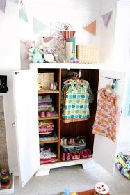the boo and the boy: Kids' closets and ways to hang their clothes