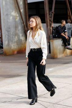 Fall fashion | White shirt, black palazzo pants, large belt and heels