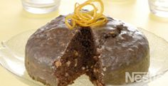 Pastel glaseado de naranja y chocolate: delicioso! #recetas #nestlecocina