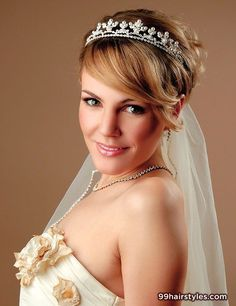 Wedding-hairstyles-for-short-hair-with-tiara Short Wedding Hair Ideas Wedding Hairstyles 2014, Pixie Hairstyles, Short Hairstyles For Women, Bride Hairstyles, Hairstyles With Bangs, Hairstyle Short, Hairstyle Ideas, Hairstyle Wedding, 2014 Hairstyles