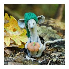 Primitive Mouse-Fabric Mouse-Mouse Figurine-Mouse Ornaments-Country... ($37) ❤ liked on Polyvore featuring home and home decor