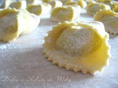 Tortelli di ricotta e spinaci con mozzarella e prosciutto | Dolce e ...