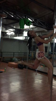 Pole Dance for beginners #PoleFitness #PoleGasm #IPDA
