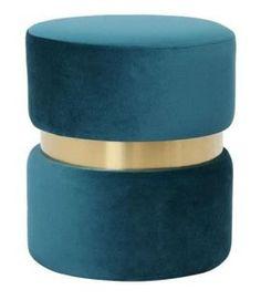 Pouf bleu canard : les plus beaux modèles Pouf Bleu, Deco Boheme, Decoration, Square Ottoman, Round Ottoman, Blue Velvet, Blue Fabric, Foot Of Bed, Antique Furniture