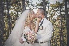 Klaudia és Matesz - Esküvői fotós, Esküvői fotózás, fotobese Wedding Dresses, Fashion, Bride Dresses, Moda, Bridal Gowns, Alon Livne Wedding Dresses, Fashion Styles, Wedding Gowns, Wedding Dress