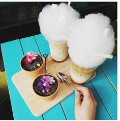 "Korean ""cake pot""  cotton candy latte. By parkncube."