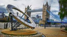 Giant sundial & Tower Bridge Photo by https://www.flickr.com/photos/pradpatel/