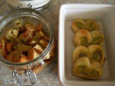 und auch Petzi überzeugt mit ihrer Lunhboxidee: Pizzaschweineöhrchen mit Bärlauchpesto und dazu ein gemischter Salat!