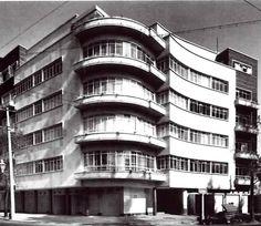 Edificios de Apartamentos, la esquina de calles Rubén Darío y Wallon, Polanco, México DF 1948 Arq. Vladimir Kaspé Foto. Guillermo Zamora