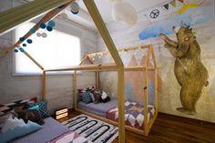 LEON e PHILIPE dormem lado a lado no quarto que é pura diversão. Com cama casinha da UEH?! DESIGN, e estampa da MILK STUDIO, que imprimem clima de aventura.