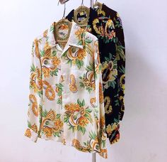 "☆NEW ARRIVAL☆ SUN SURF 2017 model Long sleeves rayon aloha shirt. SS27443 ""Macintosh Ukulele"" 105)OFF/128)NVY/170)WINE ¥10800+tax get it from:  http://www.maunakeagalleries.jp"