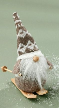 Christmas DIY : Yet another daring, dutiful, dirt-defier, drab, droning dust catcher Gnome offers himself on the altar of an old fireplace to bring sanitation to Gnomedom. Swedish Christmas, Christmas Gnome, Scandinavian Christmas, Christmas Projects, Christmas Holidays, Christmas Decorations, Christmas Ornaments, Funny Christmas, Miniature Christmas