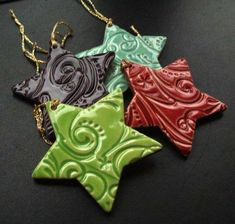 Ceramic Christmas Stars set of 4 Make a salt dough or modeling clay like sculpty, cut out with a cookie cutter (any design or shape) use a rubber stamp or draw on design, bake and paint. Salt Dough Crafts, Salt Dough Ornaments, Clay Ornaments, Salt Dough Projects, Christmas Clay, Christmas Stars, Christmas Baking, Christmas Cookies, Ceramic Christmas Decorations