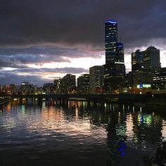 #melbourne #rialtotower #yarrariver #melbourneatnight #citylights #city #australia #sunset urban.melbourne