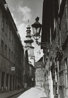 Pavol Poljak: Bratislava. Dolu Baštovou ulicou:1940 - 1950 Bratislava, Old Photos, History, Times, Photography, Vintage, Urban Landscape, Fotografia, Scenery