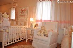 quarto bebê rosa com enxoval