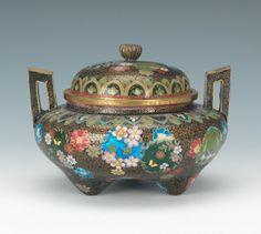A Japanese Kyoto Jippo Cloisonne Enamel Handled Jar