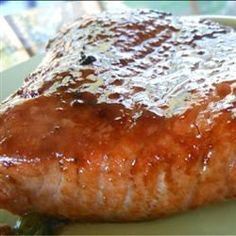 Teriyaki Salmon - I made this tonight and it's amazing! Pinning it so I can remember the recipe :)