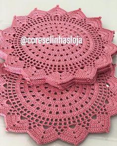 Vintage Doily, crochet lace and cotton doily, vintage lace, white round doily, crocheted doilies Crochet Doily Rug, Crochet Placemats, Crochet Dollies, Crochet Doily Patterns, Crochet Round, Crochet Home, Crochet Flowers, Knitting Patterns, Crochet Stitch