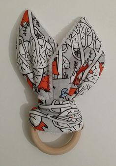 Doudou de dentition - anneau de dentition - hochet de dentition - doudou lapin - fait main - modèle renards en forêt : Jeux, peluches, doudous par small-sleeper
