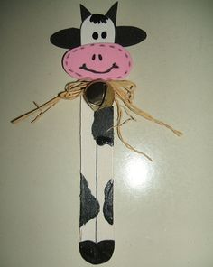 Make reading even more fun for your kids with a kid-friendly cow bookmark craft