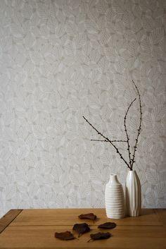 Hannah_Nunn_Beech_Leaves_wallpaper_in_Pebble.jpg (1000×1498)