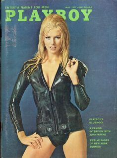 Playboy Magazine, May Playboy - May 1971 - Entertainment for Men - Volume 18 - Number 5 - Playboy's Scuba-do! - A Candid Interview with John Wayne - Twelve Pages of New York Bunnies Magazine Wall, Male Magazine, Magazine Covers, Top Models, Wayne White, Beauté Blonde, Colani, Hugh Hefner, Playboy Bunny