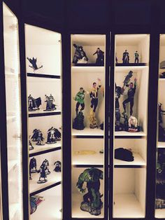Action Figure LED Lighting Display Cabinet